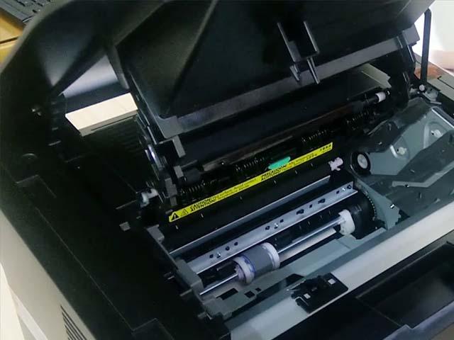 máy in hay bị kẹt giấy